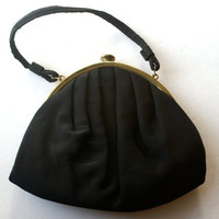 Vintage HL Pleated Black Purse with Goldtone Metal Closure and Satin Peach Liner Harry Levine Clutch
