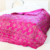 Elephant Pink & Gold Quilt