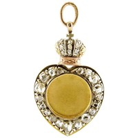 Antique Fabergé Imperial Diamond and Gold Heart-Shaped Photo Pendant Locket