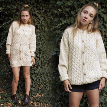 Wool sweater / Vintage Highland Home Industries cardigan / Irish Fisherman / Cable Design Cardigan /  Creamy buttons down sweater / XL