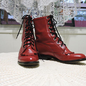 Tony Lama ankle boots / size 5.5 / red leather lace up boots / George Strait roper boots / hipster punk red fringed ankle boots