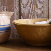 Vintage Yellow Ware Mixing Bowl, Serving Dish, Yellowware Pottery, Kitchen Baking, Country Rustic Farmhouse Decor