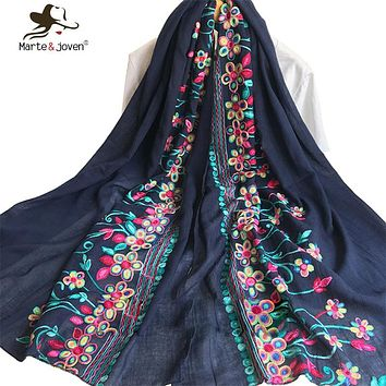 [Marte&Joven] New Ethnic Style Floral Embroidery Scarf and Shawl for Women 180*100 cm Oversized Soft Breathable Flower Foulard