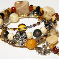 Beaded Memory Wire Bracelet - Queen Bee - Honey Bee - Sun - Friends - With White Turquoise And Caramel Beads