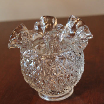 Fenton Glass clear  ruffle Vase Bowl In white Beautiful condition folds Vintage Antique Blown glass