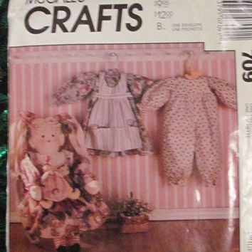 SALE Uncut 1991 McCall's Sewing Pattern, 709! Rag Hair Doll & Clothes, Stuffed Rag Doll, Aprons/Dresses/Pantaloon/Hair Bow/ Toy Dolls