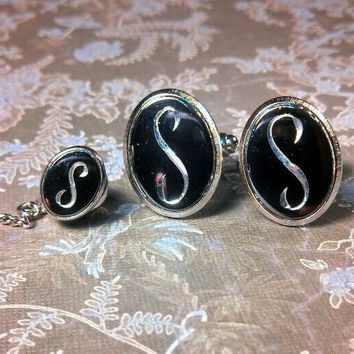 Signet letter S cufflinks and tie tack pin. Silver tone with dark grey background, etched letter.