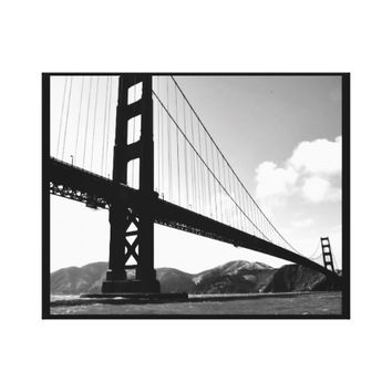 29 X 23 BLACK & WHITE GOLDEN GATE BRIDGE PRINT