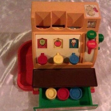 VINTAGE 1974 FISHER PRICE CASH REGISTER