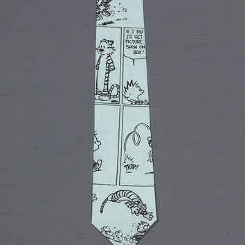 Necktie featuring Calvin and Hobbes Fabric is printed in the form of a Comic strip