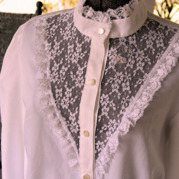 1970s Unique Vintage Blouse White Lace Blouse Made in the USA Size XL