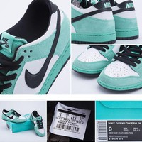ONETOW Nike Dunk SB Low IW ICE BLUE 819674-301