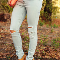 Tear Me Away Jeans: Light Denim