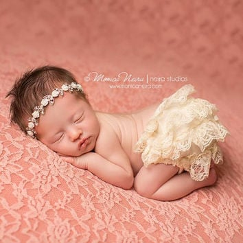 Ivory Lace Bloomer and rhinestone headband set, baby bloomers, diaper cover, newborn photo prop, baby girl bloomers FREE SHIPPING!!