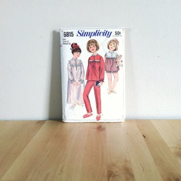 Simplicity 6815 Child's and Girls' Nightgown and Pajamas {1966} Vintage Sewing Pattern