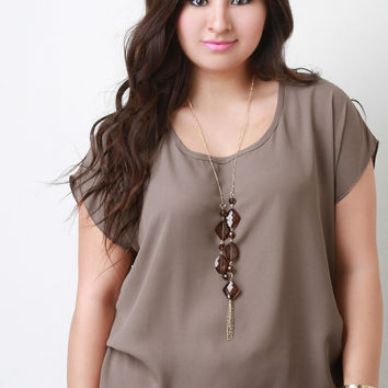 Chiffon Short Sleeved Top with Gemstone Statement Necklace