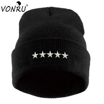 Brand New Spring Winter Beanie Hat for Men Women 5 Stars Pattern Fashion Black White Knitted Gorros Fitted Female Casual Hats