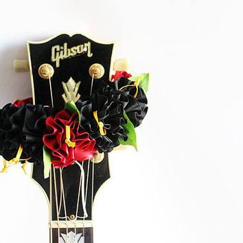 ribbon lei for guitar / b&r flower / guitar accessories/ guitar strap / ukulele / mandolin / banjo / hawaiian lei / satin ribbon /