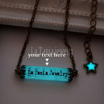 Personalized Glowing Necklace - Glow in the Dark Necklace, Initial Necklace, Name Necklace, Glowing Jewelry, Glowing Pendant, Resin jewelry