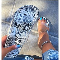 Summer Hot Sale Women Casual Beach Sandal Crystal Slipper Shoes