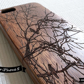 SALE30%OFF: Natural Wood iPhone 5 Case - Engraved Birds on Tree iPhone Case // 3D, Sculpture, Sapele Wood, Art, Gift, Laser Engraving