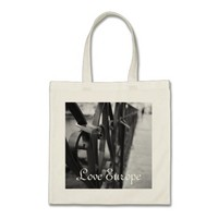 ToteBag: European Bridge and Love Lock Budget Tote Bag