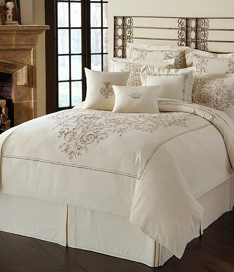 Luxury hotel versailles bedding from dillard 39 s for Luxury hotel 750 collection sheets