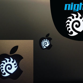 Zerg Logo Macbook Pro - Zerg decal - Zergling - Starcraft 2  Vinyl Decal - Apple logo - CHOOSE A COLOR! - Macbook Lightup art Husky SC SC2