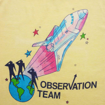 Vintage 80's Tee-Shirt World Map Space Shuttle Nasa Observation Team