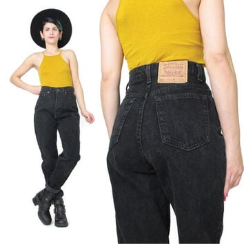Vintage Levis 521 Jeans Black Denim Jeans Womens Boyfriend Jeans Slim Fit Tapered Leg Jeans High Waisted Levi Strauss Grunge Mom Jeans (S/M)