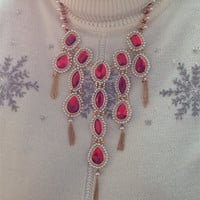 Embroidery Fashion Garnet Set of Necklace, Bracelet and Earrings with Fashion Pearls and Seed Beads