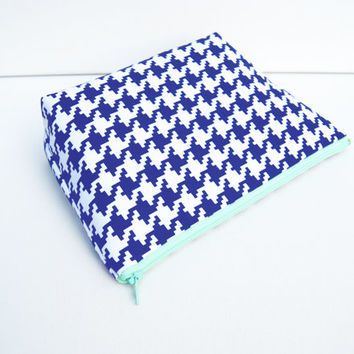 Navy blue and mint green houndstooth cosmetic case, makeup bag, zipper pouch, pencil pouch, purse organizer