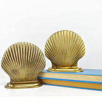 Vintage Brass Shell Bookends Nautical Coastal Beach Decor Gold Patina Ocean Mantle Bookshelf Home Office Decor Bibliophile Book Lover Gifts