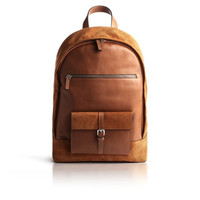 "Backpack in leather and suede. Backpack thought to protect and transport your iPad, MacBook Pro 13 ""or 15""."