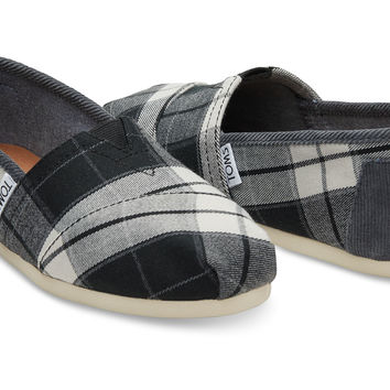 BLACK AND WHITE PLAID WOVEN WOMEN'S CLASSICS