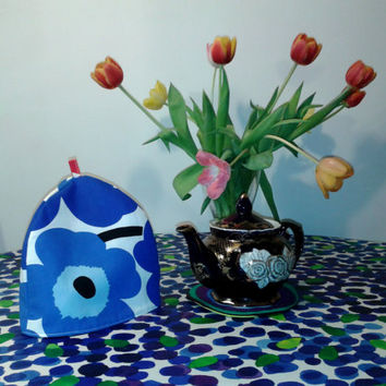 Modern tea cozy cosy made from Marimekko fabric Unikko, Scandinavian coffee pot or teapot cover warmer padded, tea party accessory, blue