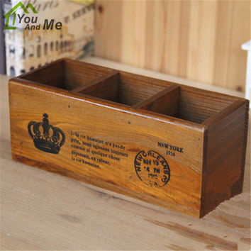 Classic Retro Desk Organizer Practical Office Home Furnishing Manual Wooden Crafts Wood Pen Box 3- Grid Sundries Storage Box