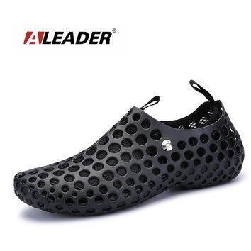 ALEADER 2018 New Spring Men's Sandals Mesh Breathable Beach Shoes Slip On Water Slippers Unisex Removable Lining Garden Clogs