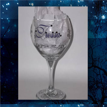 Simple Swirls with Blingy Name - pilsner glass - champagne glasses - wine glasses - bridal party glasses - wedding party glasses