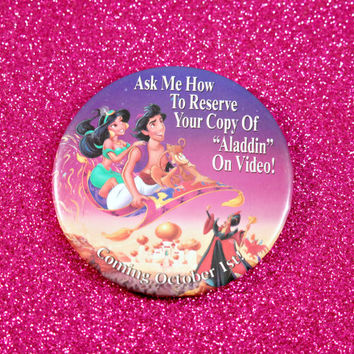 VINTAGE  Aladdin Button