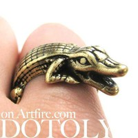 Crocodile Alligator Animal Wrap Around Ring in Brass | Sizes 7 ONLY