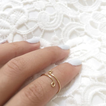 Brass Knuckle Ring, Minimalist Jewelry, Simple Wire Rings, Gold Accessories, Hammered Brass, Gold Wire Ring, Knuckle Rings
