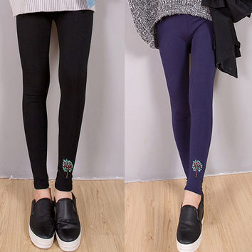 Tree Patterned Ankle Length Leggings