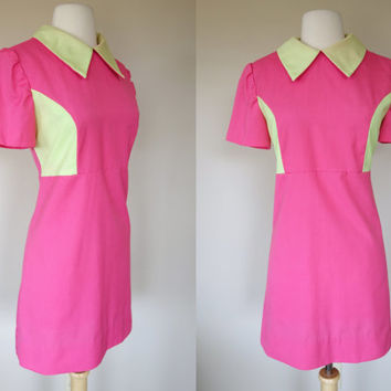 1960s pink mini dress w green pointed collar and side panels, short sleeve color block waitress dress, mod A line uniform, Size medium, US 8