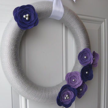 Holiday Wreath, Purple and Silver Yarn and Felt Flower Wreath, Winter Wreath, Christmas Wreath, Door Decoration 12 inches