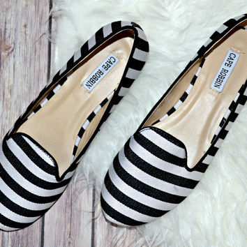 Smoking Flats - Black Stripe