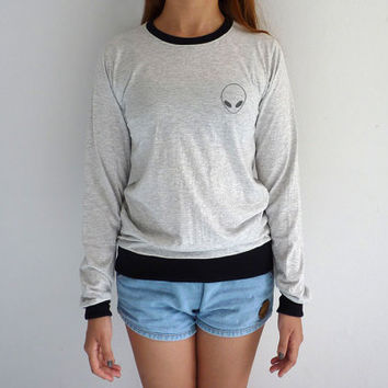 Alien Long Sleeve Tshirt Tumblr Sweatshirt Grunge Sweater Pocket Tee Grey