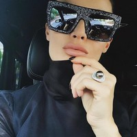2017 Fashion New Arrival Delicate Oversized Women Sunglasses High-end Custom Made Acryl Diamond Flat Glasses Wear UV400