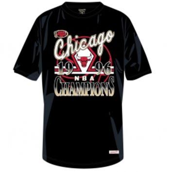 Mens Chicago Bulls 1996 NBA Champions Gold Collection NBA Mitchell And Ness Tee