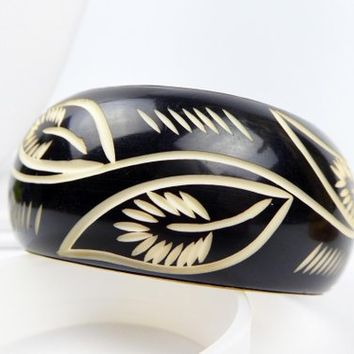 "Vintage Bangle Bracelet, Black with White Engraved Leaf Design and Brass Interior, 1.5"" Wide - 1.75"" Interior, Boho Tribal Beach to Office"